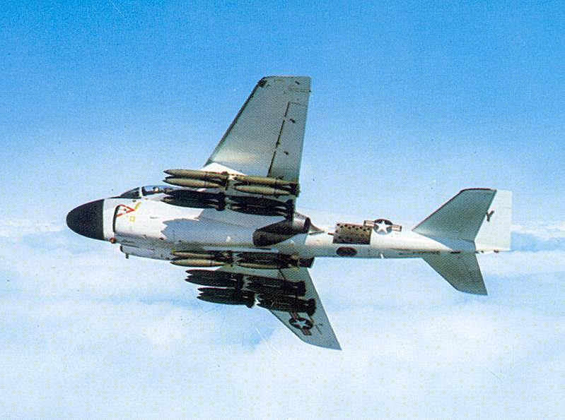 Grumman A-6 Intruder y EA-6B Prowler A-6_2