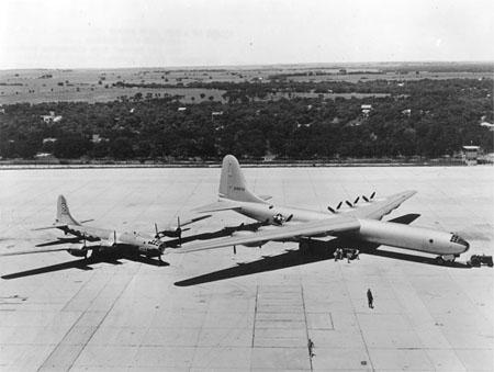 b-36_b-29.jpg