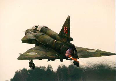 global aircraft saab  viggen